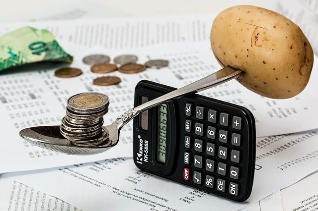 financial intelligence to save money while moving to canada